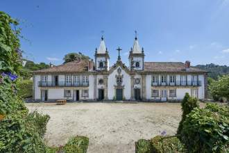 Outeiro Tuías Manor House